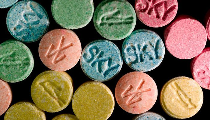 ecstasy molly 2 - Не лише кокаїн: Які наркотики впливають на поп-культуру - Заборона