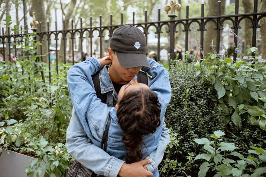 passion between couples 5a84c4de9b31f - Публічні прояви почуттів:  Фото жителів Нью-Йорка - Заборона