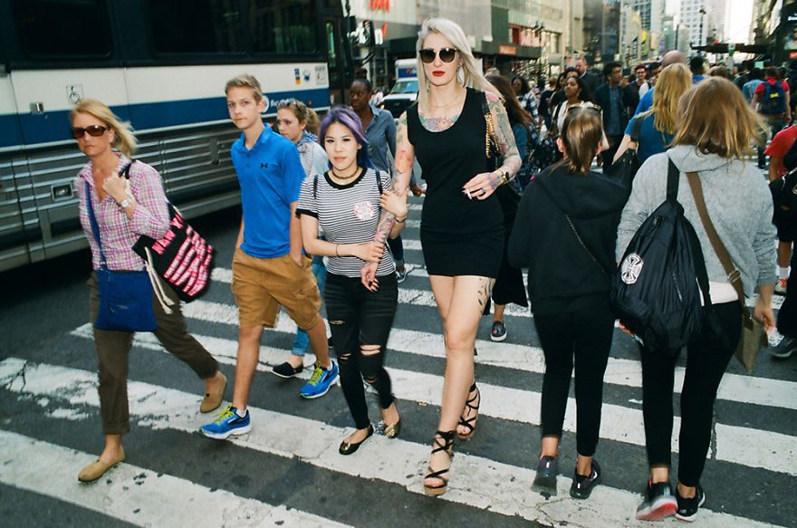 passion between couples 5a84c84d144cc - Публічні прояви почуттів:  Фото жителів Нью-Йорка - Заборона
