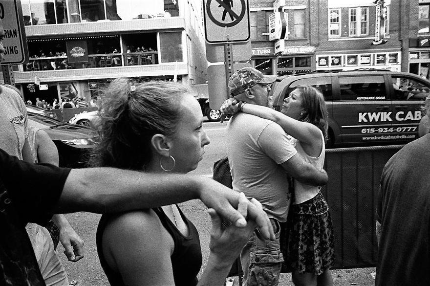 passion between couples 5a854540e895e - Публічні прояви почуттів:  Фото жителів Нью-Йорка - Заборона