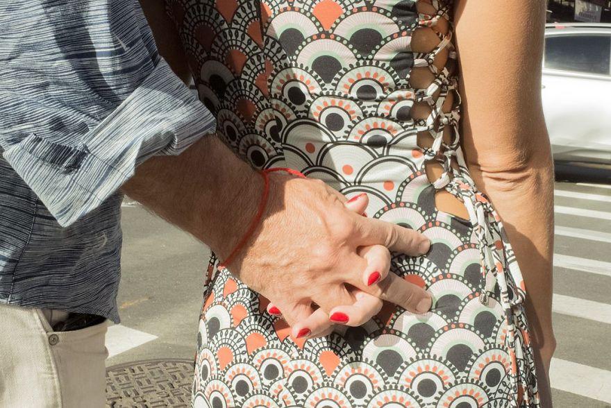 passion between couples 5a85454753b3b - Публічні прояви почуттів:  Фото жителів Нью-Йорка - Заборона