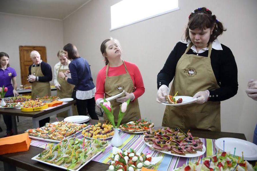 22032018 news brovary 3 - У Броварах відкрили пекарню з вакансіями для людей із синдромом Дауна - Заборона