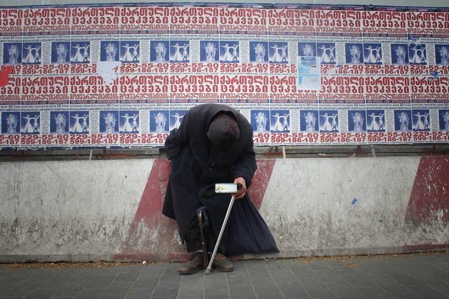 project 880 - Людина, яку не помічає суспільство: Фотопроект довжиною в рік - Заборона