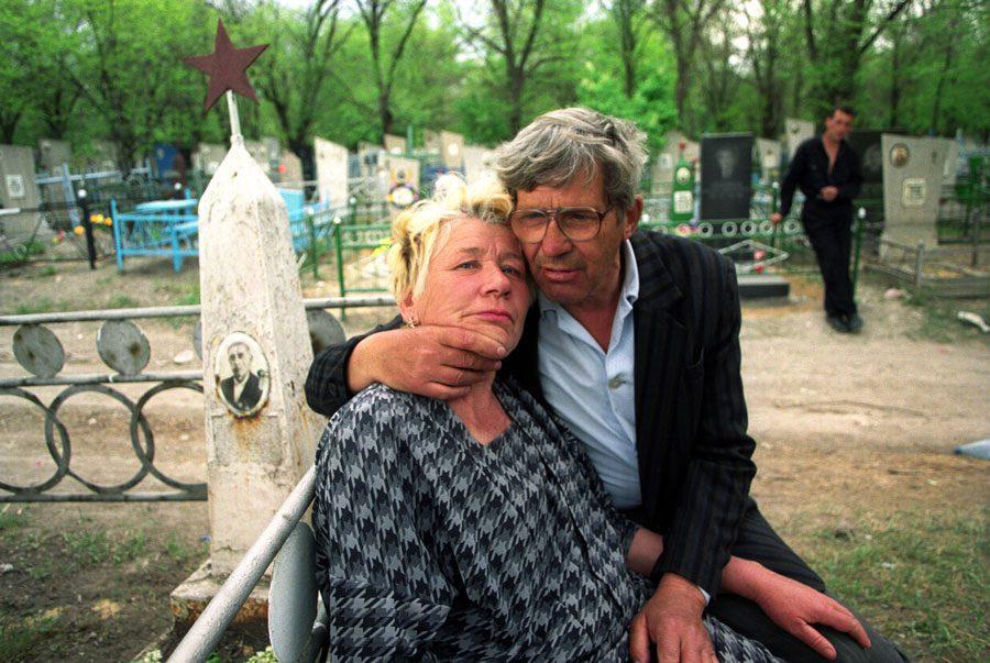 Lugansk 1996 301 - «Пасха»: Луганські традиції в об'єктиві Олександра Чекменьова - Заборона