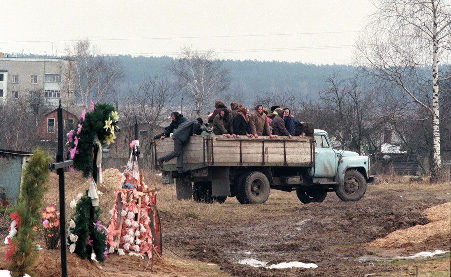 z BORODYANKA 1999 - «Пасха»: Луганські традиції в об'єктиві Олександра Чекменьова - Заборона