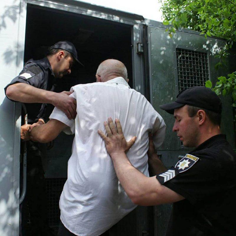 09052018 news 2 2 - У Львові затримали пенсіонера. Він був у футболці з комуністичною символікою - Заборона