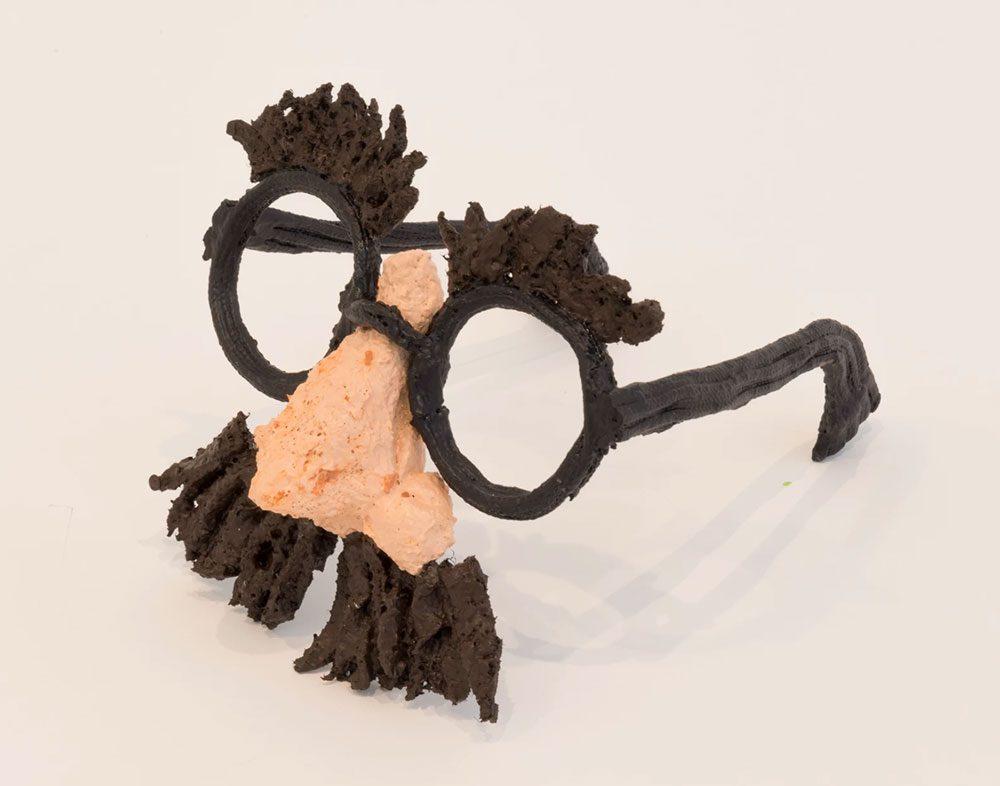 nightmarish burger 8 - Художник глузує з Трампа за допомогою шкарпеток - Заборона