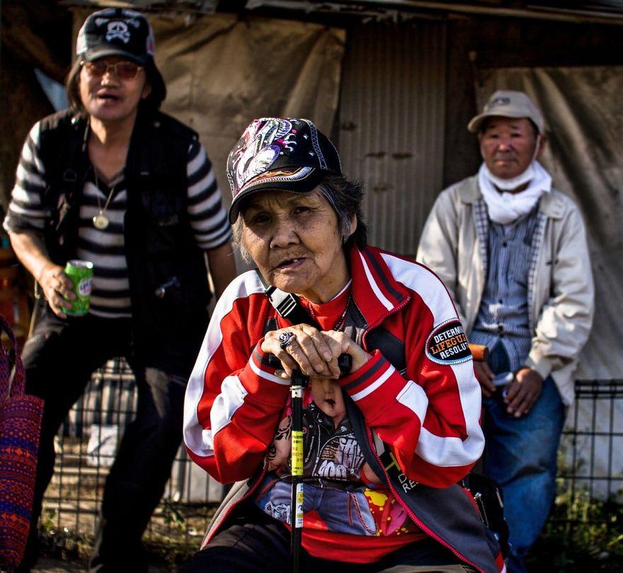 1 7 5b51d70d3ac68  880 - Бідні, щасливі та п'яні: як живуть мешканці японських нетрів - Заборона