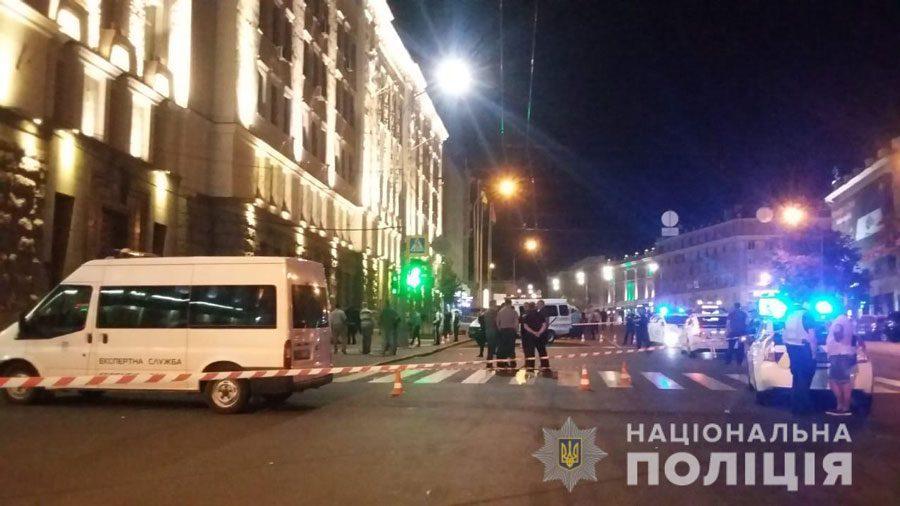 20082018 news 2 5 - У Харкові стріляли біля міськради. Загинув поліцейський. Детально - Заборона
