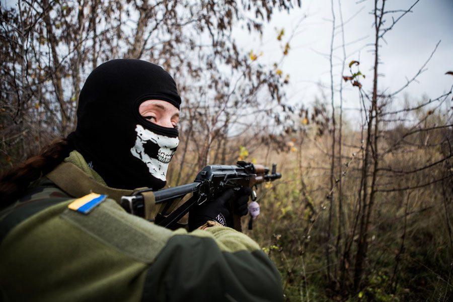 tesinsky 16 - Чеський фотожурналіст показав жінок на війні в Україні - Заборона