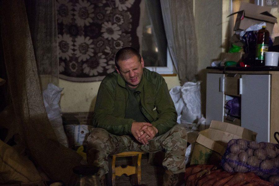 tesinsky 2 - Чеський фотожурналіст показав жінок на війні в Україні - Заборона