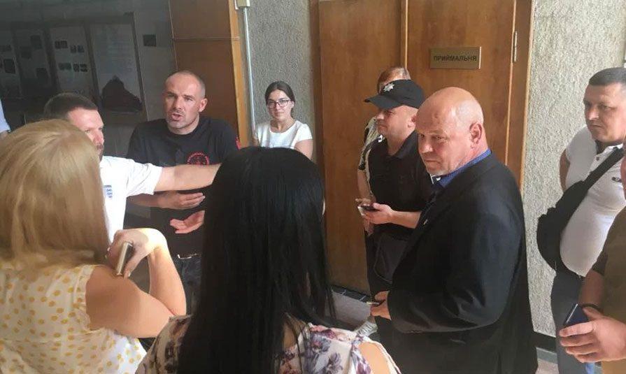 20092018 news 7 1 - Нацкорпус погрожував працівникам палацу культури у Львові. Хотіли зірвати неіснуючі «фашистські заходи» - Заборона
