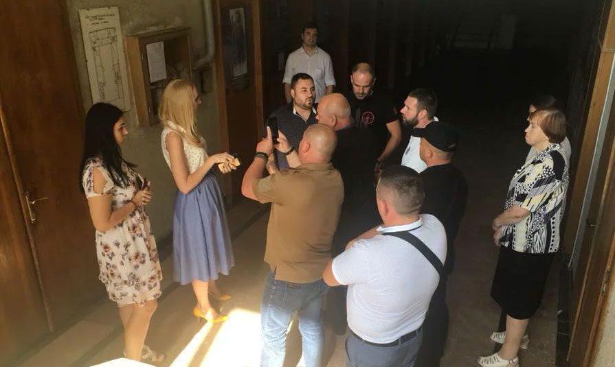 20092018 news 7 2 - Нацкорпус погрожував працівникам палацу культури у Львові. Хотіли зірвати неіснуючі «фашистські заходи» - Заборона