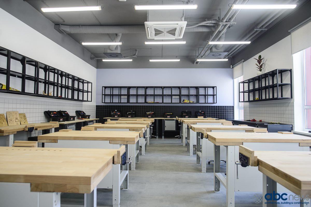 600 3107 - У Києві відкрили гімназію з гендерно розділеними кабінетами для праці. Це проти постанови МОН - Заборона