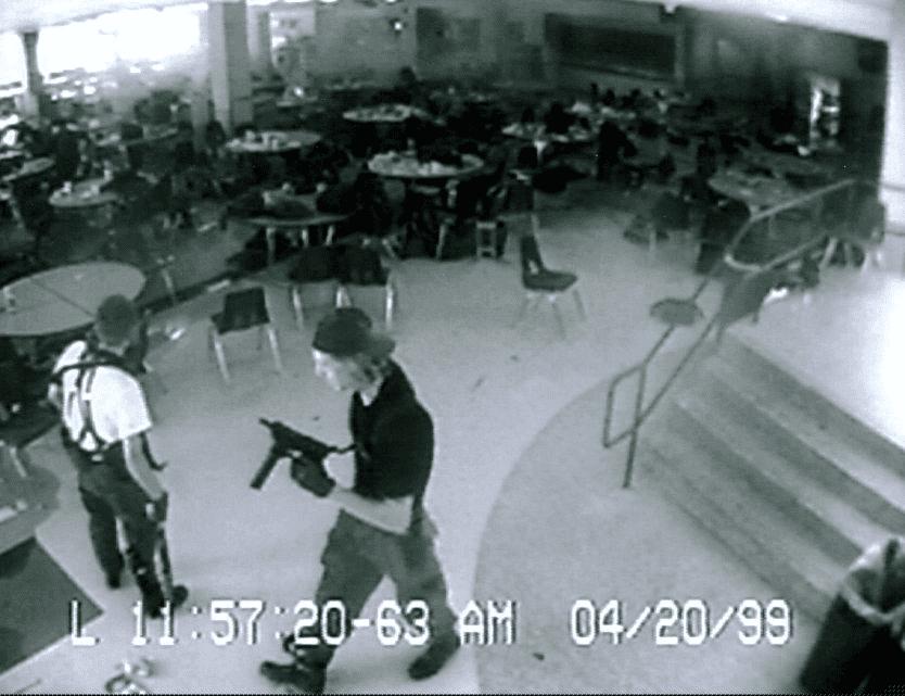 Eric harris dylan klebold - Штат Вашингтон заборонив продаж напівавтоматичних штурмових гвинтівок особам, які не досягли 21 року - Заборона