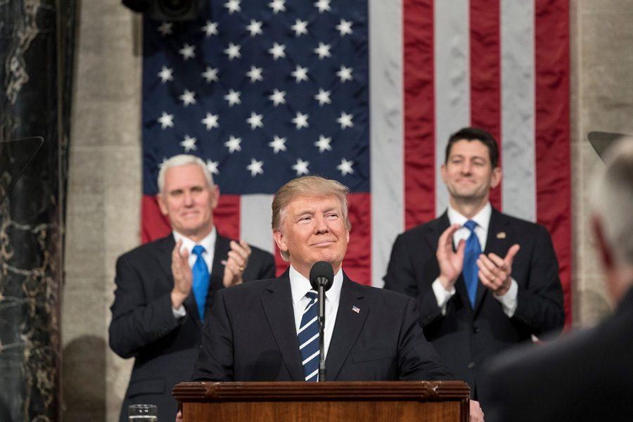 17191942 1278392548896849 2524161640154238475 o - «Це вторгнення»: Трамп оголошує надзвичайний стан у країні - Заборона