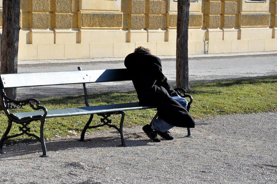 homeless 2216479 1280 - Пенсії від Гітлера, синтепоновий сніг для Путіна, небесні фалоси від нудьги, та інші ШЗХ тижня - Заборона