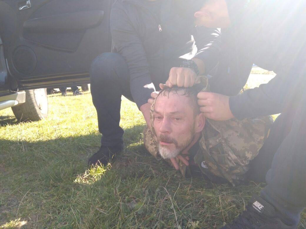 tild6130 6334 4931 b837 663966303332  22104596 15328870668 - «Позбавити людей почуття безпеки»: хто, як і навіщо нападав на синагоги, пам'ятники і посольства в Україні - Заборона