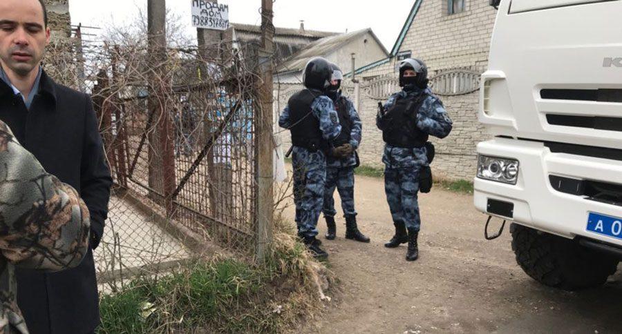 03042019 temperatura 2 1 - Температура тижня: наймасштабніші обшуки кримських татар, передвиборча агонія та інше - Заборона