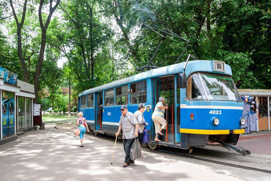 dimitry anikin - <b>Киев стал седьмым городом в мире по пробкам.</b> Объясняем, почему методы борьбы с пробками в Украине не работают - Заборона