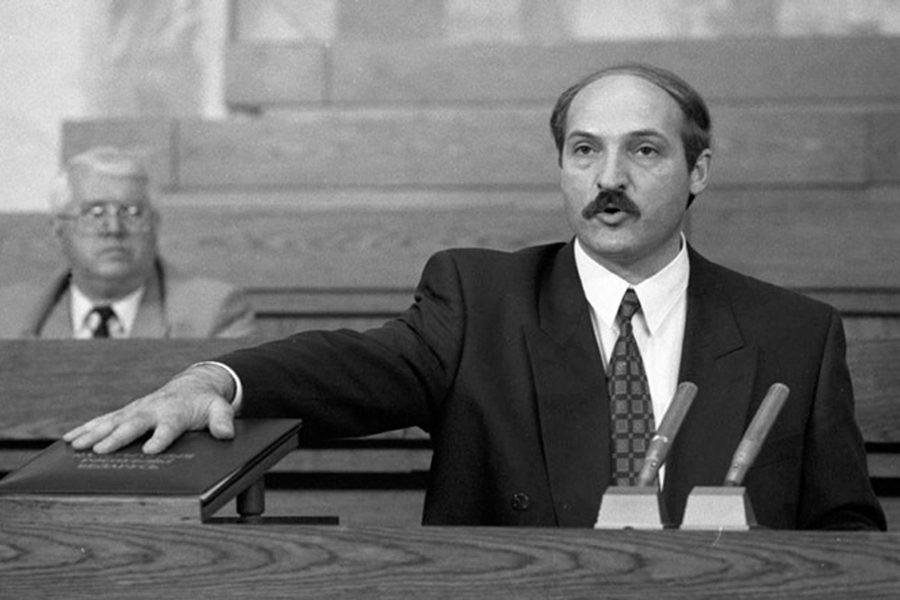 1 1 - <b>У Білорусі триває найжорсткіша президентська кампанія за всю історію незалежності</b>. Чому так і що далі – в репортажі Заборони - Заборона