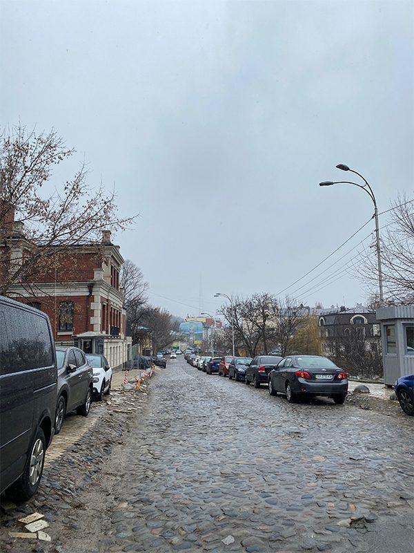 3 2 - <b>Как узнать, кому принадлежит улица?</b> Катя Сергацкова рассказывает о микроисследованиях - Заборона