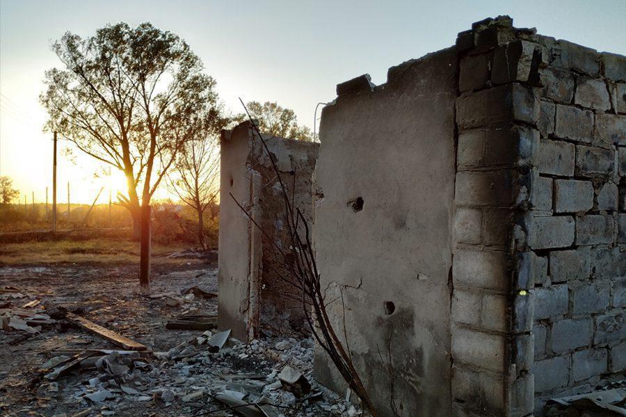 11 2 - <b>«Кому теперь нужна эта пустыня Сахара?»</b> В Луганской области горят леса и села, а волонтеры — тушат - Заборона