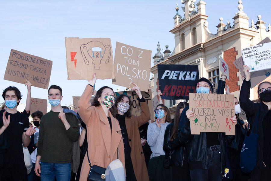 3 29 - <b>«Зйобуйте!».</b> Як у Польщі протестували проти заборони абортів — репортаж Заборони - Заборона