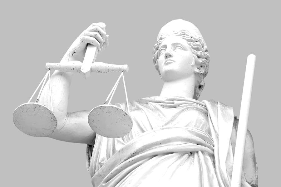 4 12 - <b>От дел о разводе до пожизненных приговоров.</b> Рассказываем, как работают суды присяжных в Украине и мире - Заборона