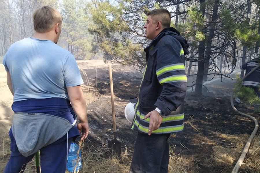 9 2 - <b>«Кому теперь нужна эта пустыня Сахара?»</b> В Луганской области горят леса и села, а волонтеры — тушат - Заборона