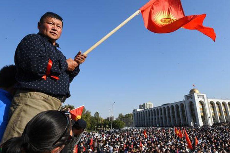 dw - <b>В постсоветских странах то и дело вспыхивают вооруженные конфликты и протесты.</b> Рассказываем, что это значит - Заборона
