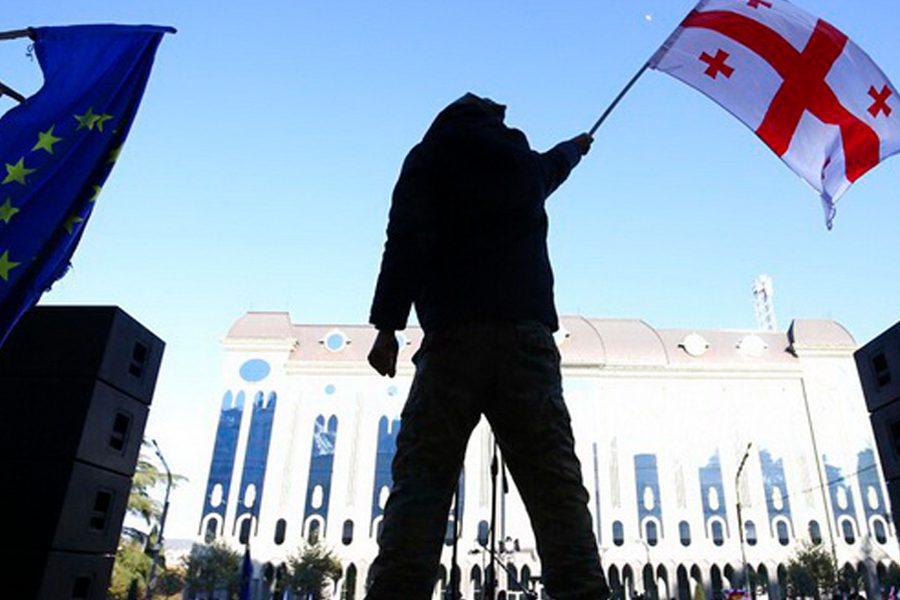 eurointegration - <b>В постсоветских странах то и дело вспыхивают вооруженные конфликты и протесты.</b> Рассказываем, что это значит - Заборона