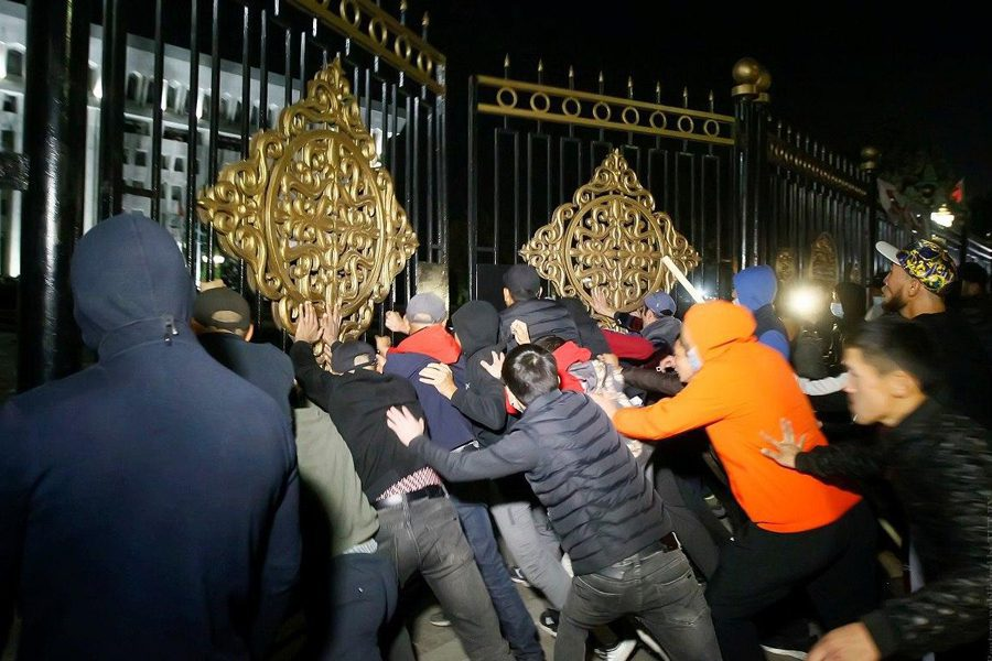 untitled 1 - <b>В постсоветских странах то и дело вспыхивают вооруженные конфликты и протесты.</b> Рассказываем, что это значит - Заборона