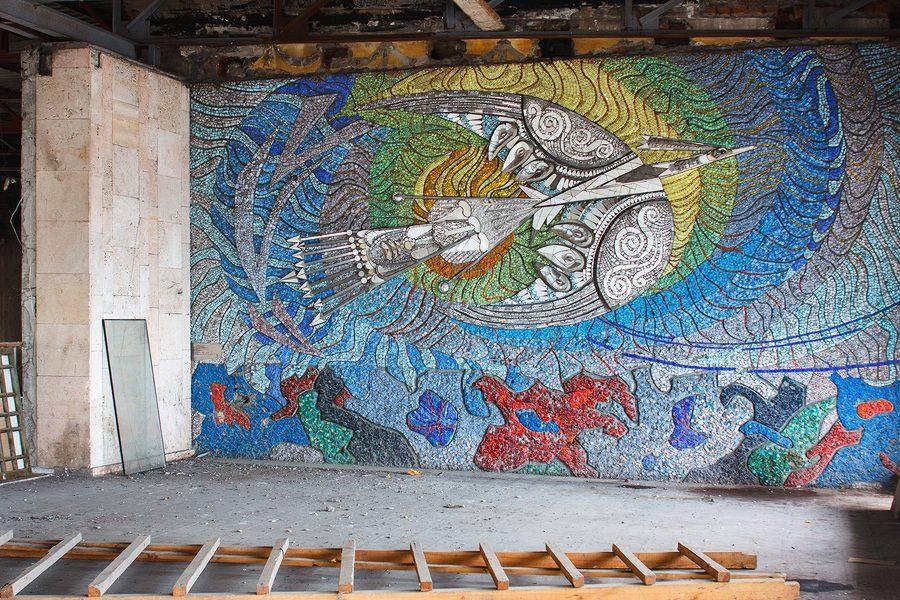 3 10 - <b>Произведения, которые растворяются в урбанистическом пейзаже.</b> Почему советские мозаики — это искусство и как его спасти - Заборона
