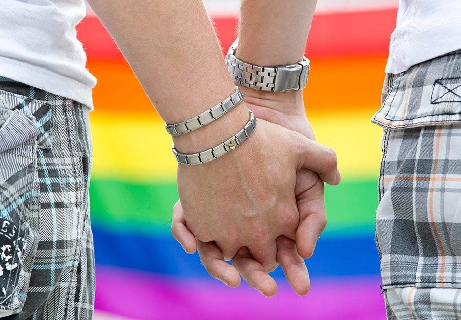 studie outing im job 60118729 dpa - <b>Активисты, власть и конспирологи.</b> Как в Польше начали крестовый поход против ЛГБТ - Заборона