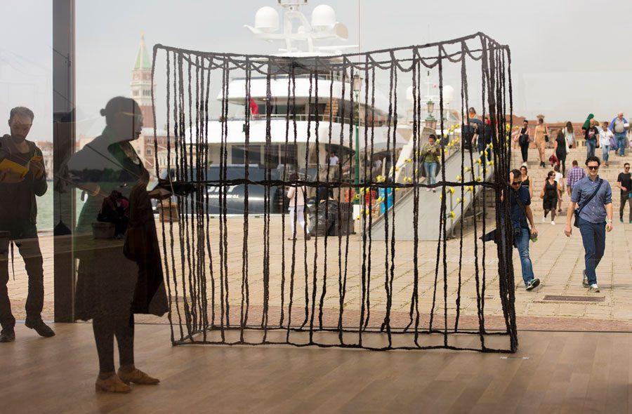 37  ill7843 web - <b>«Искусство — это о видимости».</b> Художница Анна Звягинцева об опыте материнства, карантине и труде художницы - Заборона