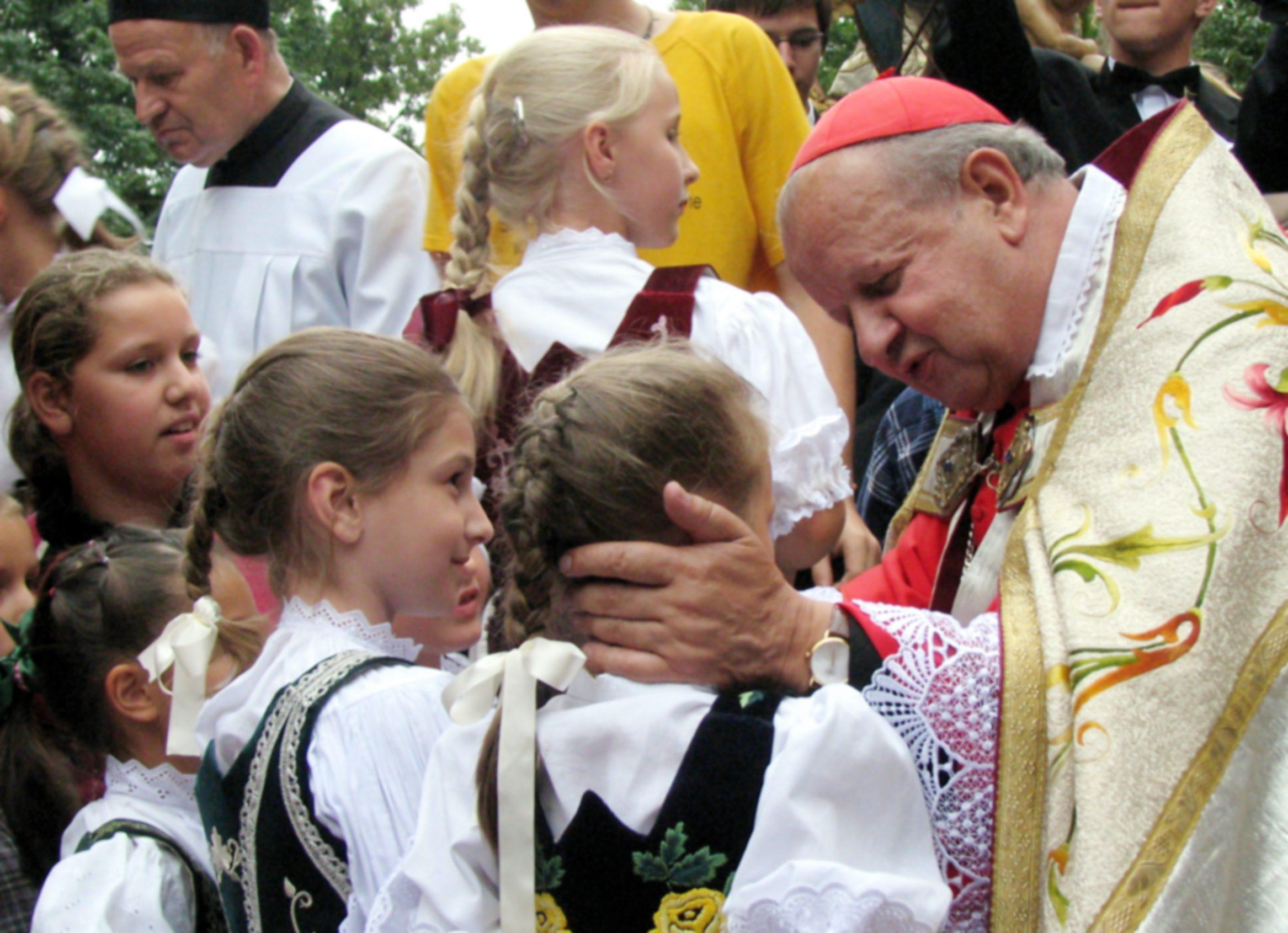 "kardynal stanislaw dziwisz - <b>""I'm a Priest, I Won't Harm You.""</b> How Church Pedophilia Is Flourishing in Poland, and Why Priests Aren't Punished - Заборона"