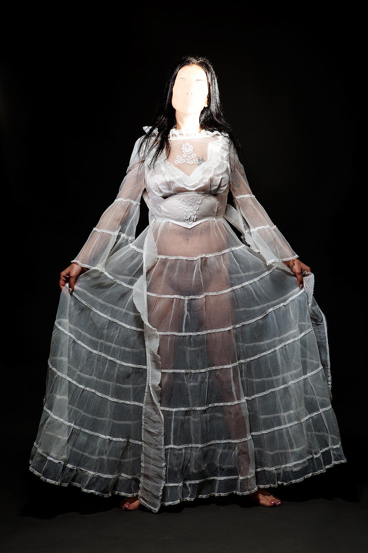marchenko reusable objects 02 - <b>Свадебное платье не используют дважды.</b> Ксения Марченко — в «Уровне цензуры» - Заборона