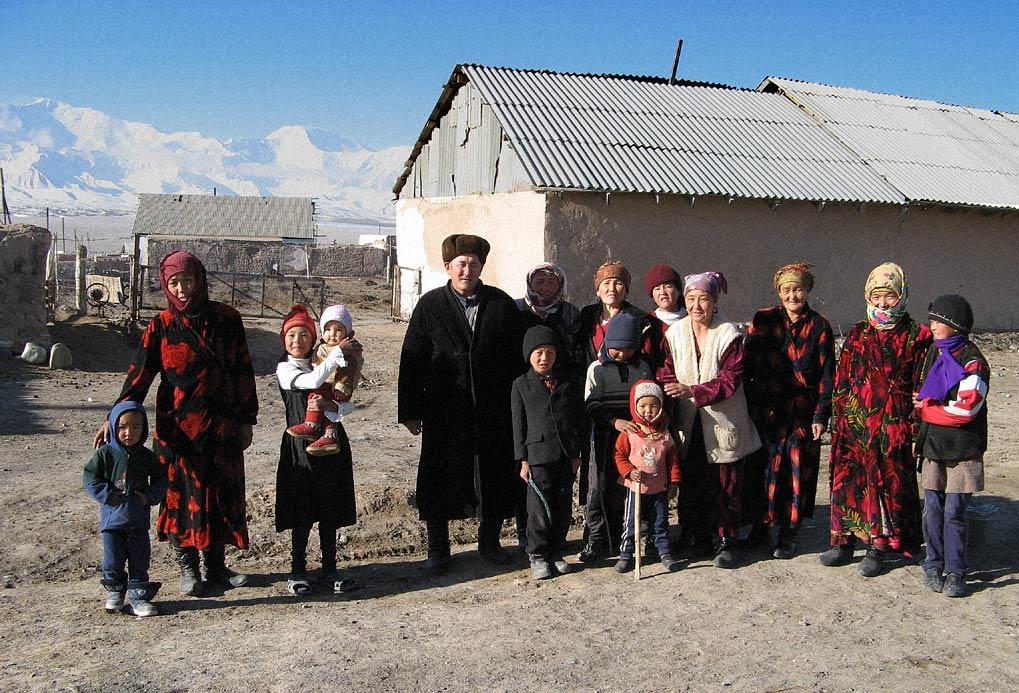 narecheni kirgiztan 04 - <b>«Тут страшно сподобатися комусь».</b> Чому в Киргизстані викрадають наречених і вважають це традицією - Заборона