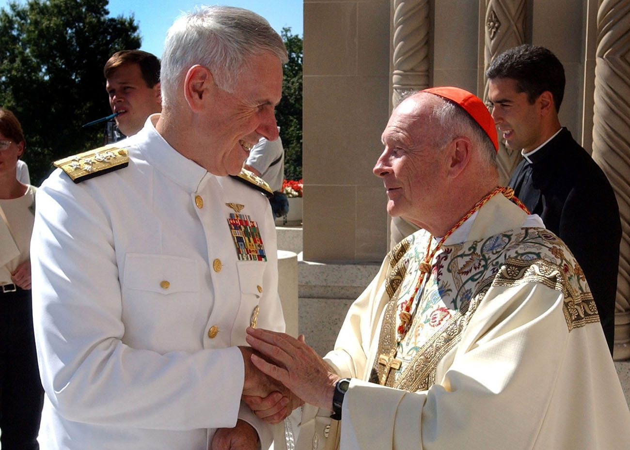 """us navy 010916 n 3235p 001 admiral william fallon vice chief of naval operations greets his eminence theodore cardinal mccarrick archbishop of washington - <b>""""I'm a Priest, I Won't Harm You.""""</b> How Church Pedophilia Is Flourishing in Poland, and Why Priests Aren't Punished - Заборона"""