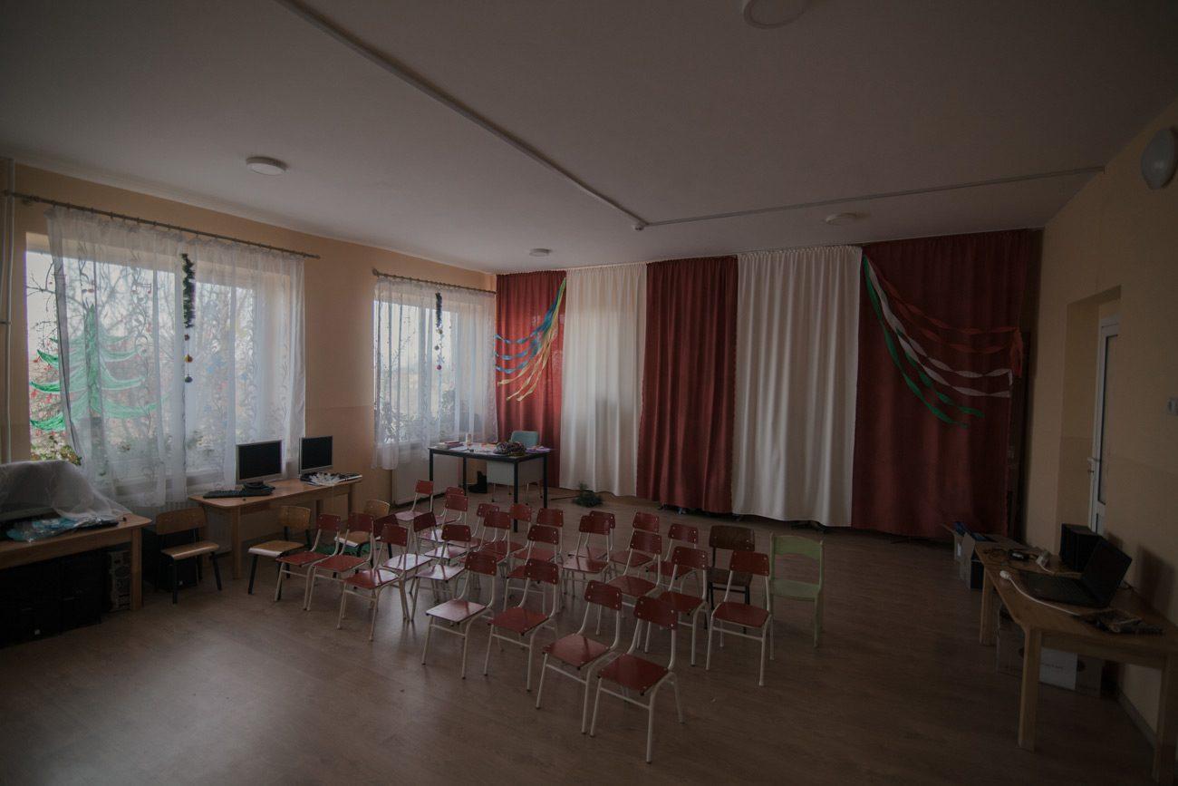 z surte 9 web - <b>«Якби не Угорщина, тут взагалі нічого б не було».</b> Як живе село Сюрте на Закарпатті, де депутати співають угорський гімн - Заборона