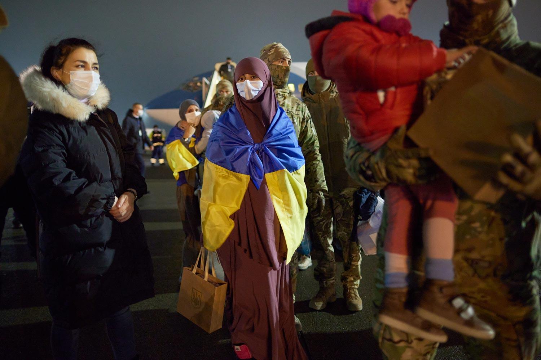 evacuated 04 - <b>Недоэвакуация.</b> Почему Украина не смогла вернуть всех граждан из сирийских лагерей для семей бывших игиловцев и как живут те, кого спасли - Заборона