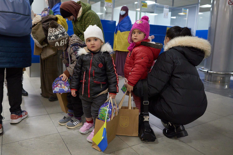 evacuated 06 - <b>Недоэвакуация.</b> Почему Украина не смогла вернуть всех граждан из сирийских лагерей для семей бывших игиловцев и как живут те, кого спасли - Заборона