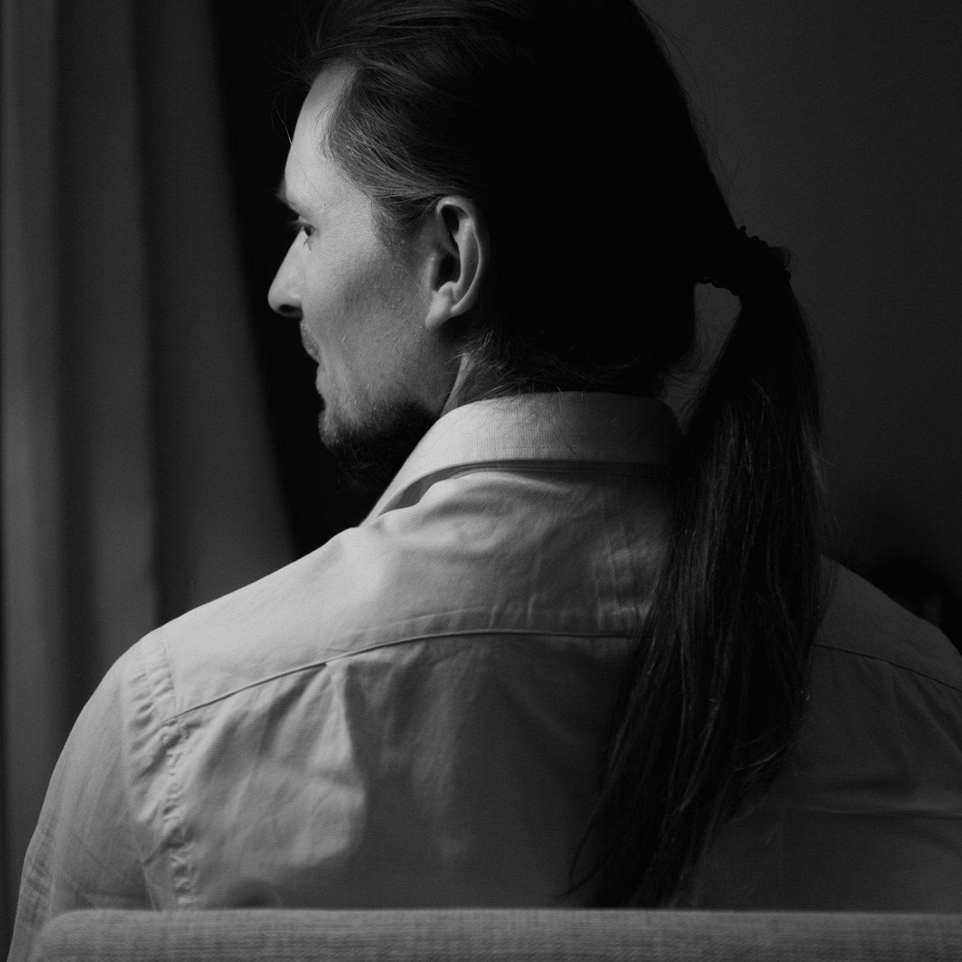 illia eremenko - <b>Самотність у фб.</b> Чому в соцмережах люди почуваються нещасними - Заборона
