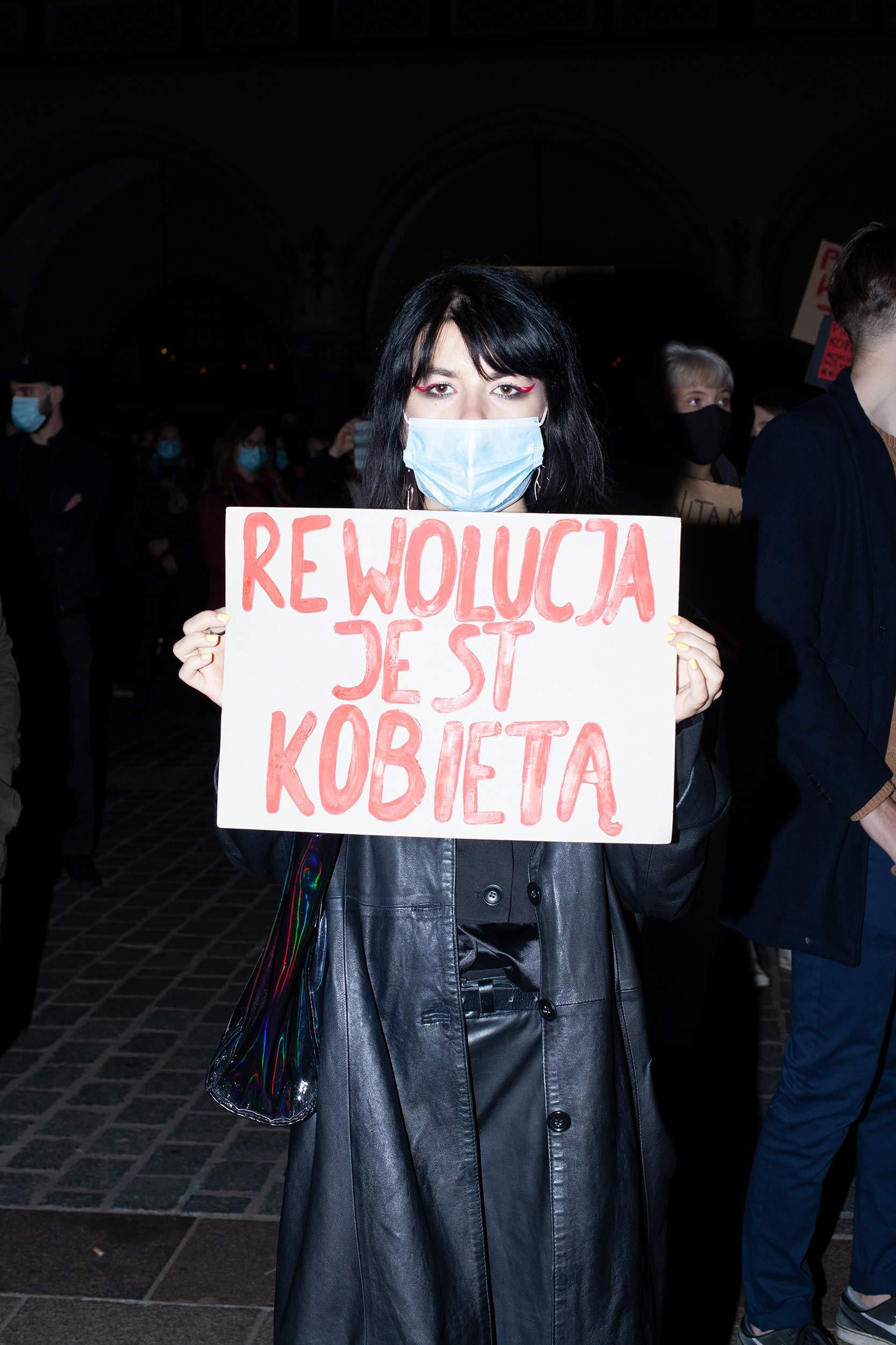 joannamasul03 - <b>У Польщі все-таки заборонили більшість абортів.</b> Розповідаємо, що сталося й чи чекати нових протестів - Заборона