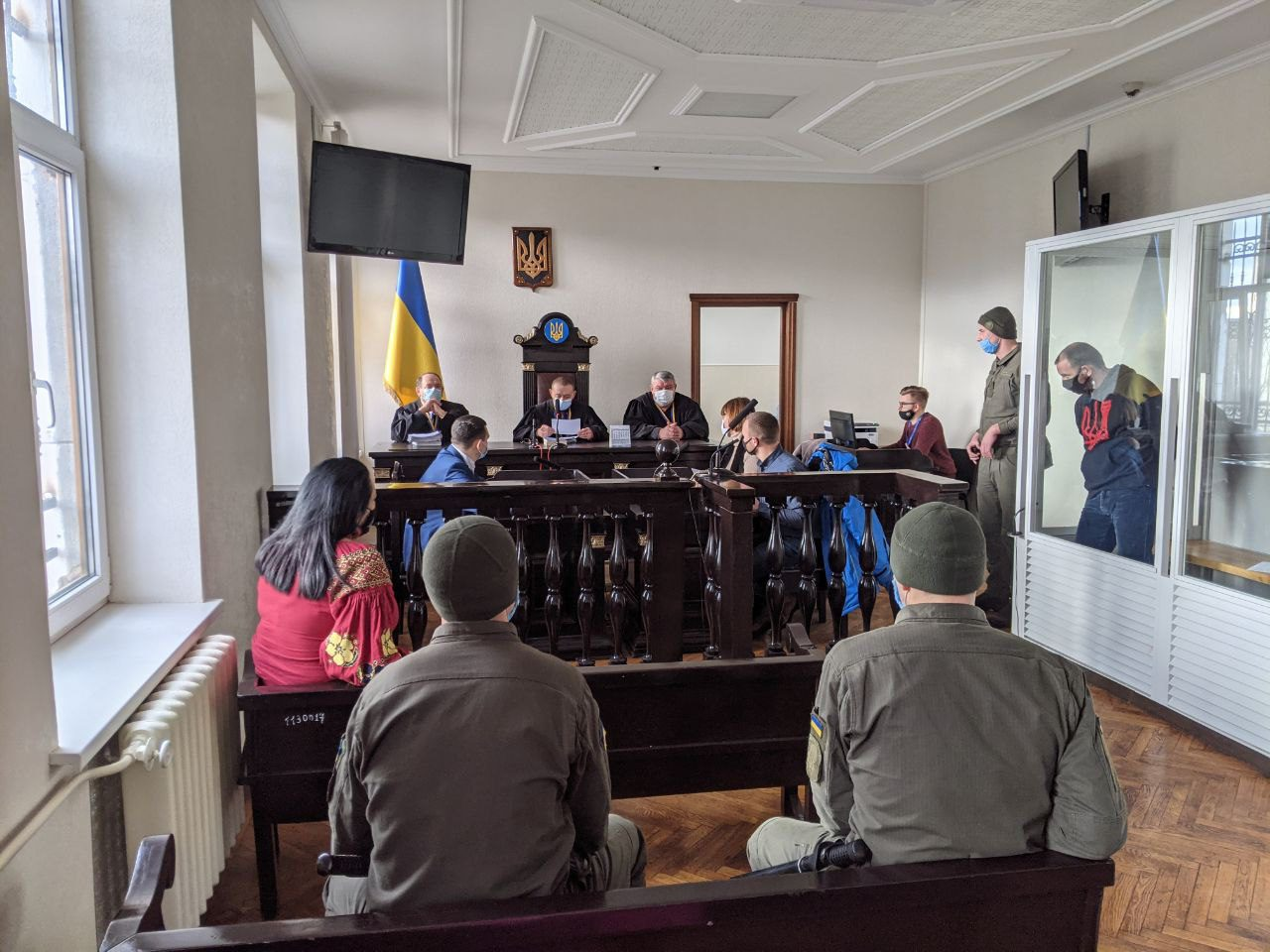"hryshchenko in court - <b>Inglorious Bombers.</b> Part 2: ""Lesnik"" Case - Заборона"