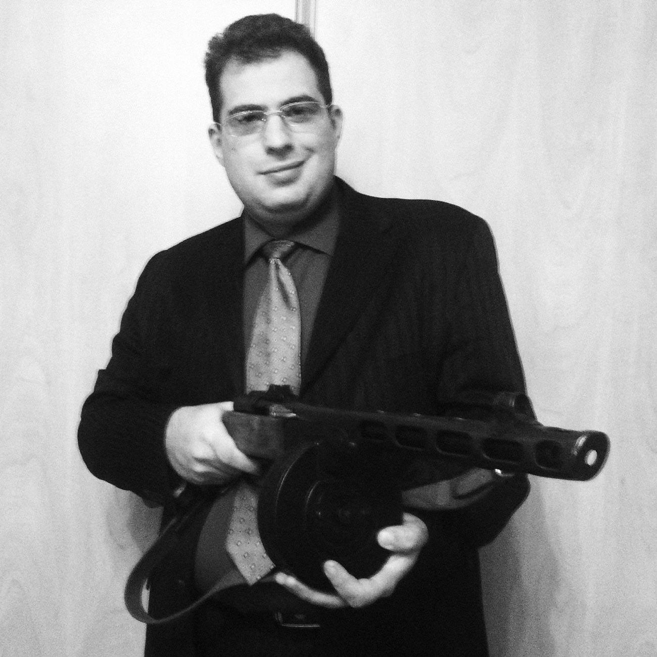 yuriy minkin - <b>Оружие в Украине пытаются легализовать уже 15 лет.</b> Кто лоббирует этот вопрос и в чем опасность — разбор Забороны - Заборона