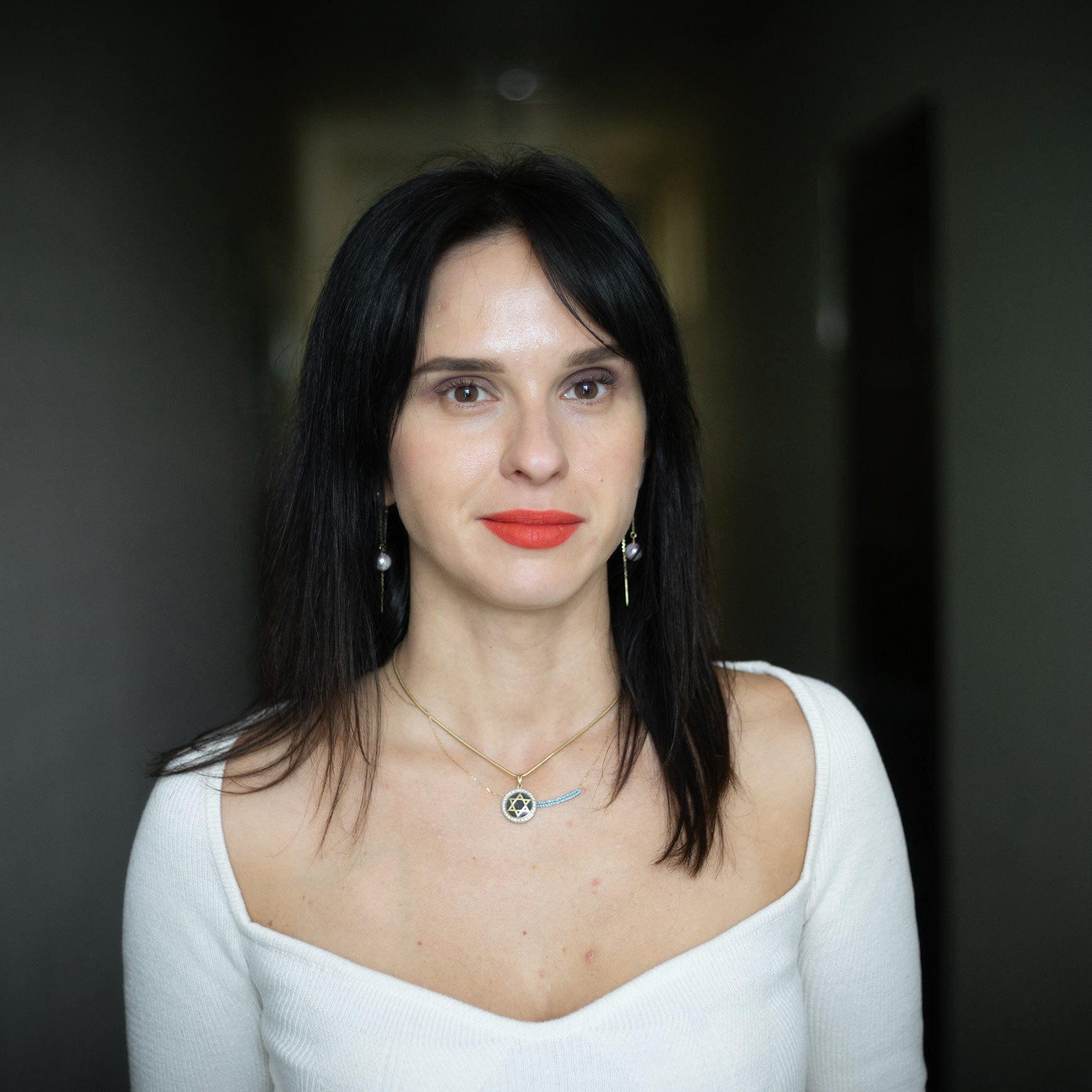 anna karpeeva 02 - <b>Ретроградний Меркурій, Таро в TikTok і Луладжа:</b> як працюють езотеричні практики і чому їхня популярність зростає - Заборона