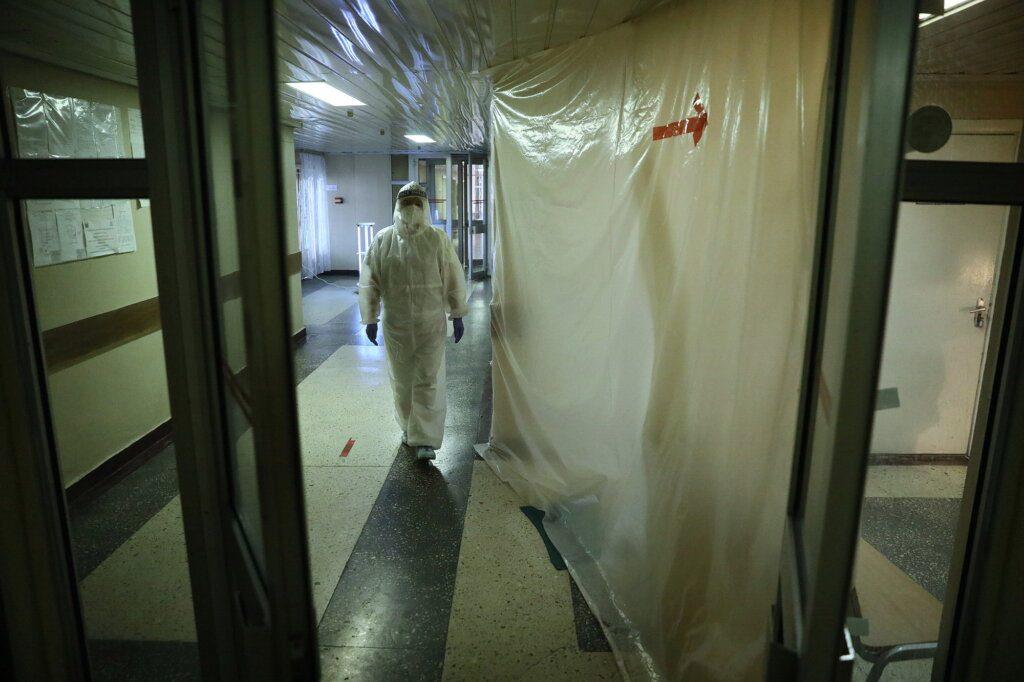 covid suicides 04 - <b>«А нащо мені жити?».</b> Як коронавірус позбавляє смаку до життя - Заборона