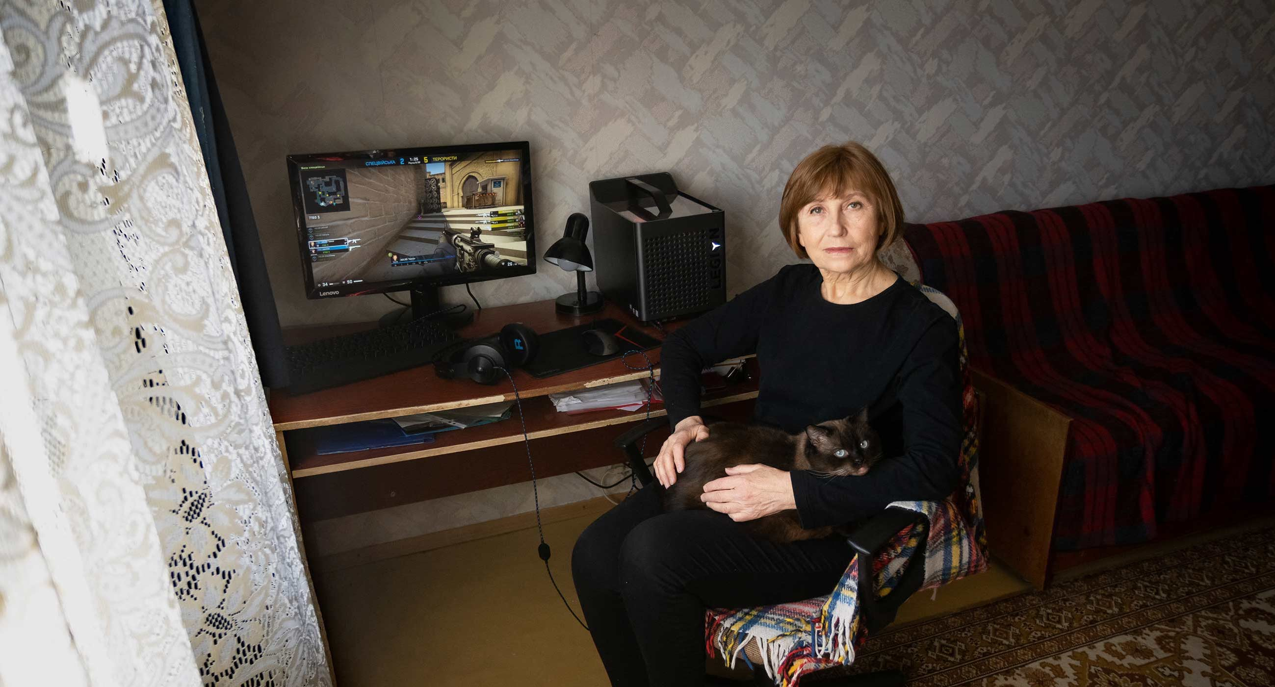 «У мене можна забрати рукоділля, але не кіберспорт». Киянка на пенсії захопилася відеоіграми й тепер займається цим професійно